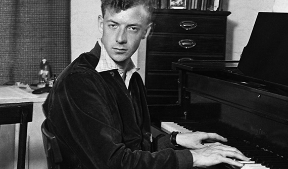 britten_jeune_piano-570