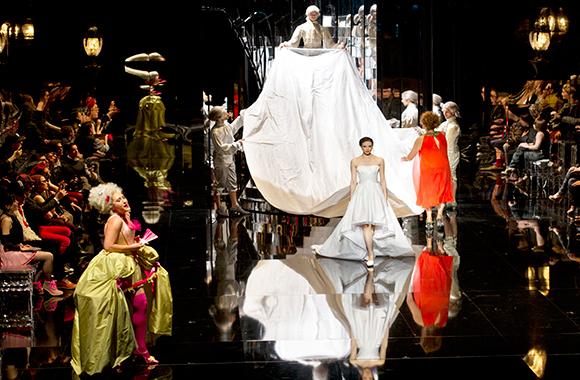 Rameau : Platée parsienne par Carsen et Christie