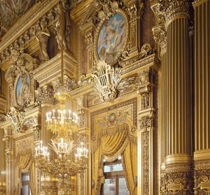 opera-garnier-foyer-detail-lustre