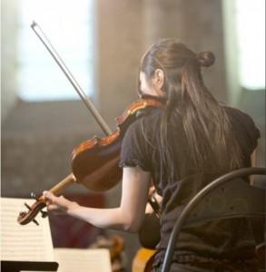 A Saintes puis Paris (Invalides), les jeunes instrumentistes du JOA dépoussièrent Haydn et Beethoven en une leçon de symphonisme ardent, juvénile, passionnant. 3 concerts les 21, 22 et 23 novembre 2014