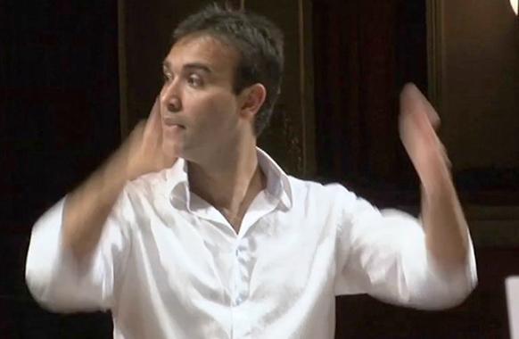 Bruno Procopio dirige Renaud de Sacchini à Rio de Janeiro