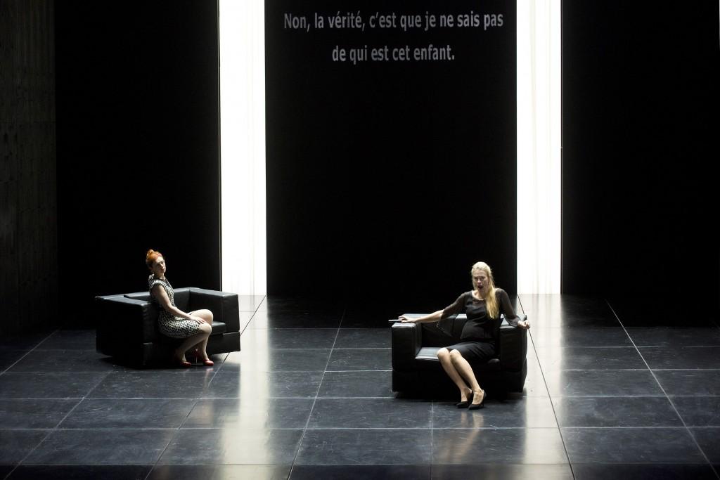"""2014-15 Opéra Comique """"AU MONDE""""  OPÉRA de Philippe Boesmans sur un livret de Joël Pommerat d'après sa pièce éponyme."""
