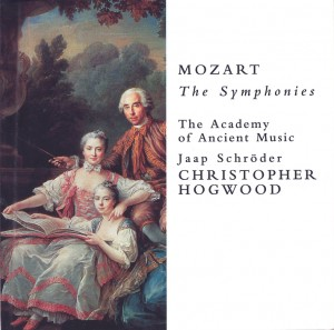 Mozart recordings the symphonies christopher hogwood cd oiseau lyre compte rendu critique review classiquenewsSinfonien_Hogwood