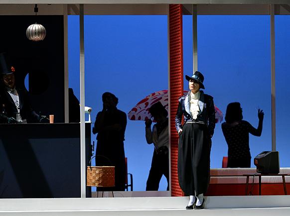 Massenet-cherubin-opera-comte-rendu-critique-OONM-Cherubin12@Marc-Ginot