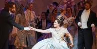 traviata-marco-guidarini-opera-toronto-canadian-opera-company-presentation-annonce-announce-review-compte-rendu-CLASSIQUENEWS