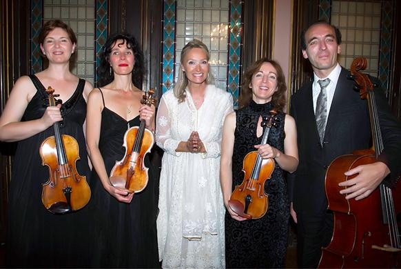 BERNE, Suisse. Elizabeth Sombart joue Frédéric Chopin