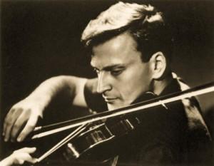 menuhin yehudi violon engagement review critique portrait classiquenews centenary centenaire 2016