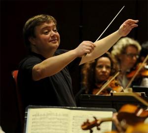 franck-mikko-direction-musicale-radio-france-maestro-review-compte-rendu-classiquenews