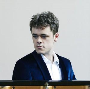 Grosvenor benjamin piano classiquenews 573757_a36fbf021e6a409ebc126e8442d0e554~mv1