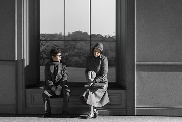 britten-turn-of-the-screw-strasbourg-classiquenews-review-critique-opera-a_turnOfScewONR_photoKlaraBeck_0099