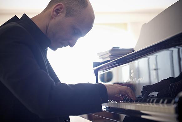 goerner-mathais-piano-582-390-(c)Jean-Baptiste-Millot