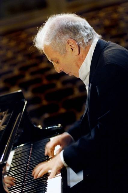 piano barenboim_copyright_monika_rittershaus_2