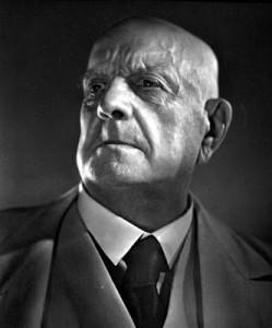 sibelius la tempete Jean-Sibelius-ca-1945
