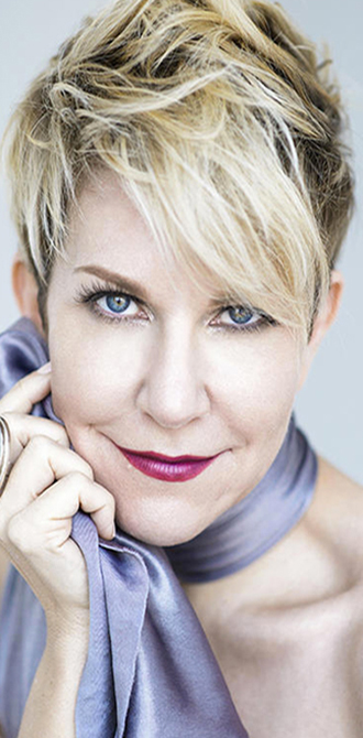IN WAR & PEACE : Joyce DiDonato