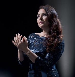 YONCHEVA-SONYA-soprano-diva-2017-portrait-agenda-clic-by-classiquenews-the_arts_sonya_yoncheva_0001_840x620