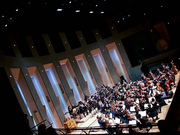 orchestre-victor-hugo-philharmonie-concert-julien-chabod-concert-compte-rendu-classiquenews-decembre-2016-reviexw-compte-rendu