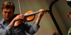capucon renaud violon _le-violoniste-renaud-capucon-au-festival-de_4605f06e52ed4ec53d2a4c90bdb2d6a7
