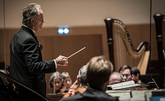 casadesus-jean-claude-maestro-salome-strauss-extase-concert-critique-compte-rendu-mathis-coseaux-classiquenews