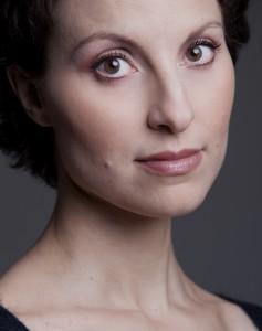 milanesi-raffaella-soprano-portrait-entretien-presentation-classiquenews