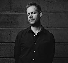richter-max-compositeur-classiquenews-Richter-Mike-Terry