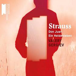 Valery Gergiev sculpte et cisèle l'orchestre de Strauss avec passion, volupté, détail. Must absolu