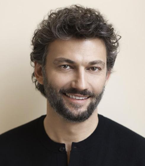 kaufamann-vignette-carre-classiquenews-KAUFMANN-Jonas-chante-opera-francais-par-classiquenews-682x1024