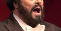 pavarotti great tenor luciano pavarotti anniversary 10th death review cd critique cd par classiquenews