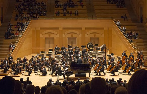 CASSARD-philippe-concert-a-METZ-plan-general-critique-compte-rendu-par-classiquenews-Cyrille-Guir-Arsenal-Cite-Musicale-Metz-5857