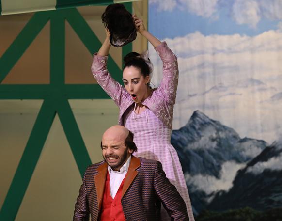opera-compte-rendu-opera-critique-par-classiquenews-auberge-du-cheval-blanc-critique-par-classiquenews