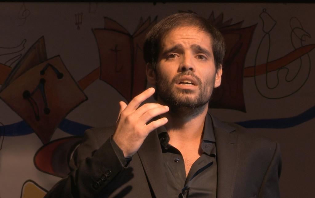 santiago-martinez-tenor-bellini-academie-classiquenews-philippe-alexandre-PHAM