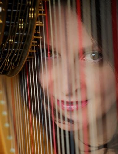 harpiste-concert-musicales-du-val-d-europe-concert-annonce-classiquenews