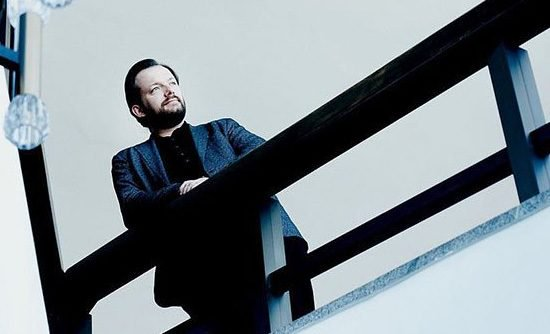 Andris-Nelsons-Bruckner-Symphony-7-Wagner-Siegfrieds-Funeral-March-550x334