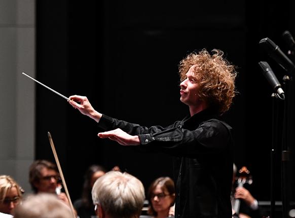 routali-maestro-jeuen-chef-montpellier-concert-montpellier-chamayou-juillet-2018-critique-concert-par-classiquenews