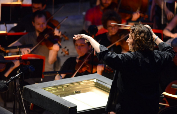 stutzmann-nathalie-direction-maestro-mefistofele-orange-choregies-juil-2018-critique-par-classiquenews