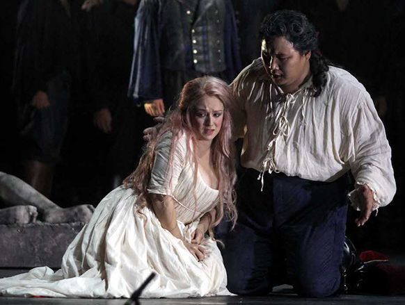 RIGOLETTO-3-gilda-rigoletto-cd-review-critique-cd-classiquenews-Iniesta-Enkhbat©Franco-Lannino-IMG_0107