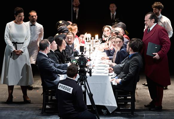NABUCCO-verdi-opera-dijon-nov-2018-la-critique-par-classiquenews-presse-diner-a-table