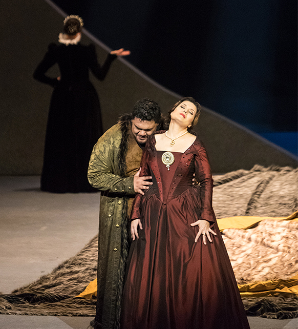 anna-bolena-bordeaux-donizetti-marina-rebeka-critique-opera-classiquenews-2