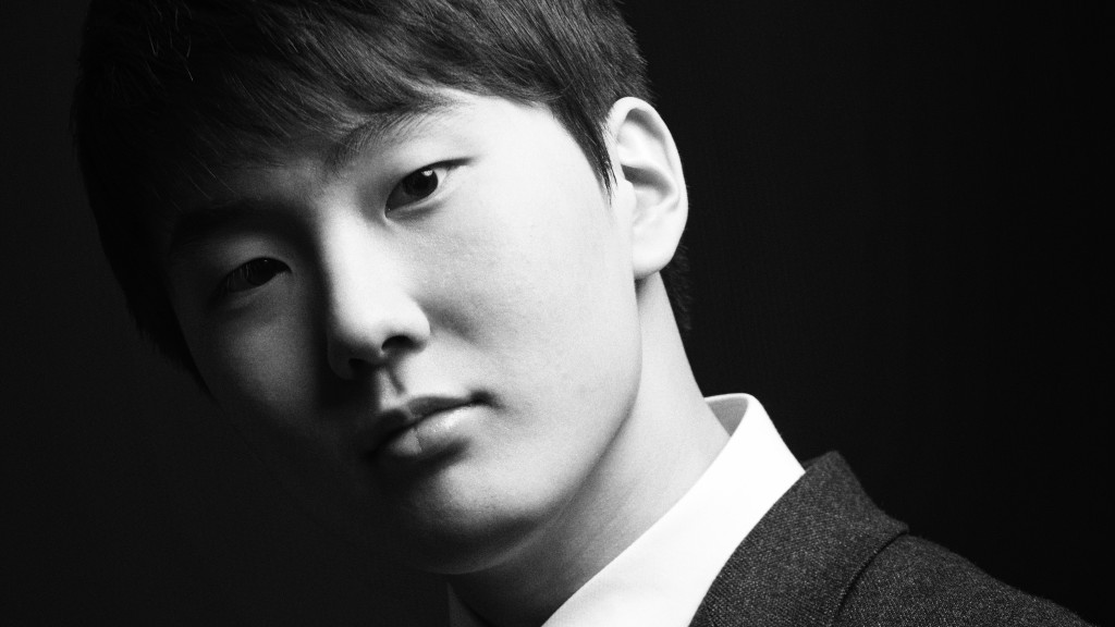seong-jin-cho-mozart-schubert-chopin_d