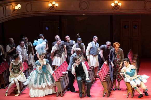 donizetti-viva-mamma-inconvenienze-teatrale-opera-critique-par-classiquenews-GENEVE-opera-classiquenews-2