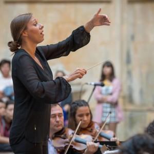 LEGUAY LUCIE cheffe orchestre national de lille annonce concert portrait classiquenews musique classiquen thumbnail_portrait LL - Leiria