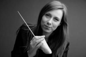 LEGUAY Lucie cheffe maestro directruce d'orchestre classiquenews orchestre national de lille