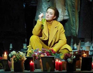 cassandre-doustrac-stephanie-troyens-tcherniakov-d-apres-berlioz-bastille-critique-opera-par-classiquenews-fev-2019