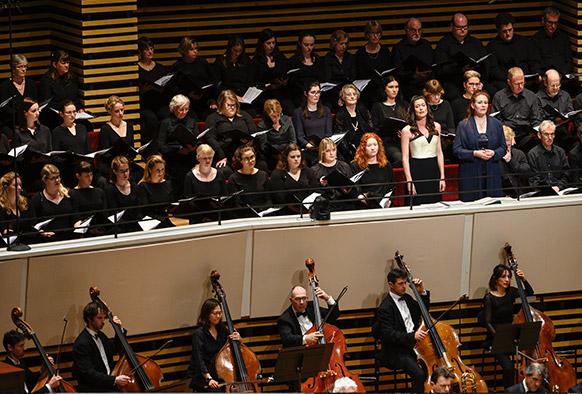 mahler-ONL-alexandre-bloch-resurrection-symphonie-n°2-gustav-Mahler-critique-compte-rendu-classiquenews-fev-2019