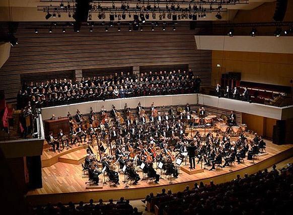 orchestre-national-de-lille-alexandre-Bloch-cycle-mahler-2019-critique-annonce-par-classiquenews-