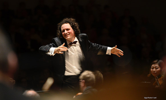 resurrection-symph-2-mahler-ONL-alexandre-bloch-face-chef