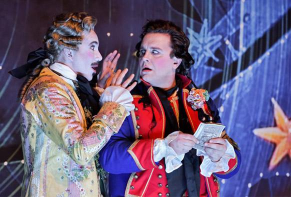 adam-postillon-de-lonjumeau-leguerinel-spyres-crituqe-opera-opera-comique-critique-opera-concert-festival-musique-classique-news-classiquenews-critique-opera
