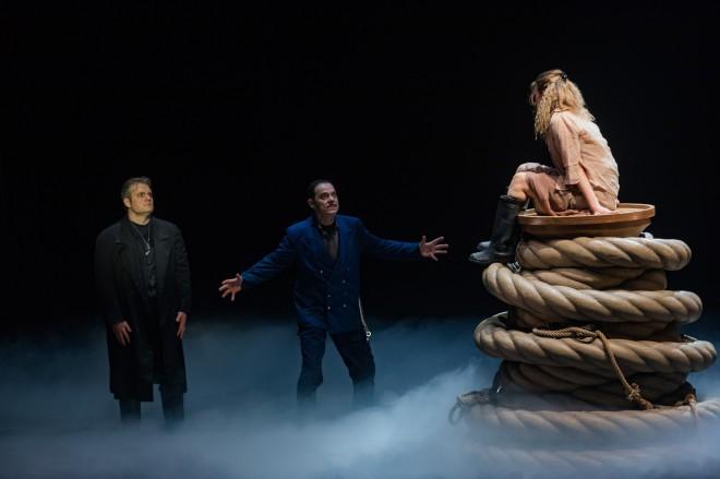 Le Vaisseau fantôme par Beverly et Rebecca Blankenship (© Laurent Guizard) critique 2 classiquenews critique opera sur classiquenews NANTES RENNES opera wagner