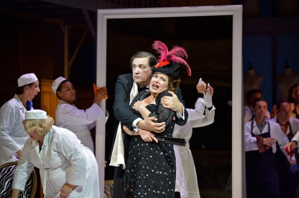 opera-comique-madame-favart-offenbach-sous-les-ors-salle-favart_width1024