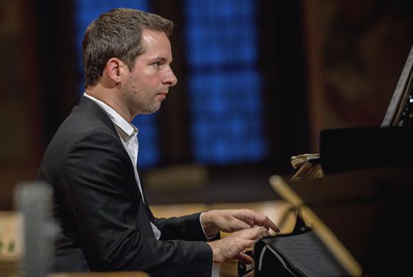 CHAMAYOU-bertrand-piano-recital-RAVEL-rougemont-26juil19-GSTAAD-MENUHIN-festival-critique-concert-piano-critique-opera-critique-festival-classiquenews-