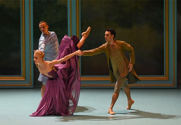 Marie-Antoinette_ballet-malandain-biarritz-ballet-critique-danse-classiquenews